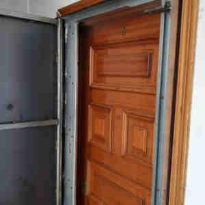 woo1 300x300 - Puertas Antiokupa con Cerradura Inteligente