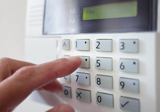 alarmas seguridad - Alquiler Puertas Anti Okupa