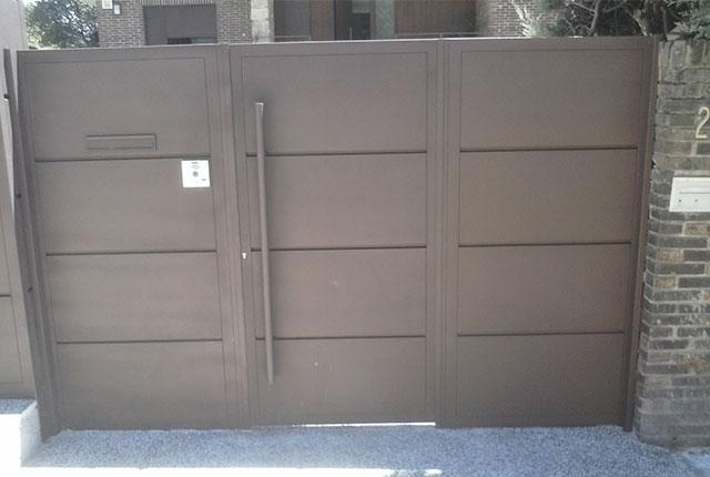 puertas Abatibles P1 - Instalación y Reparación Puertas Abatibles