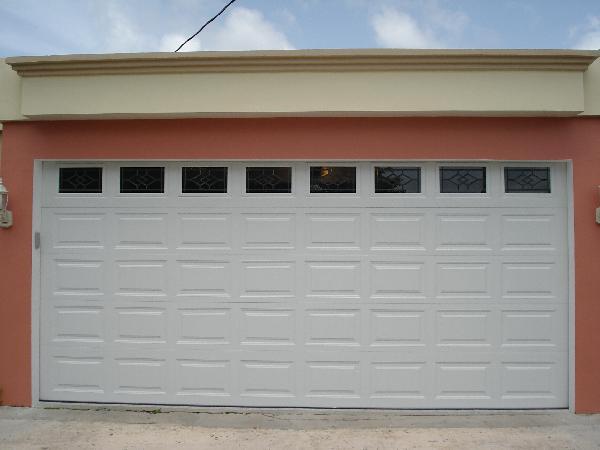 puertas garaje P1 - Instalación y Reparación Puertas de Garaje y Motor