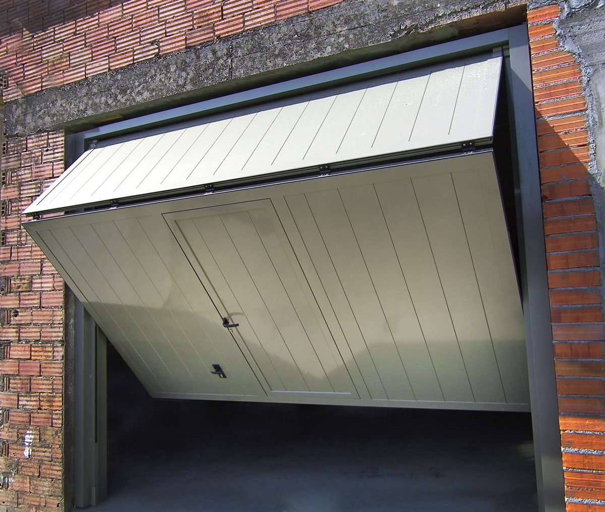 Puerta Basculante 2020 10 1 - arreglar reparar puertas de garaje basculantes hospitalet de llobregat