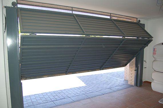 Puerta Basculante 2020 10 2 - arreglar reparar puertas de garaje basculantes hospitalet de llobregat